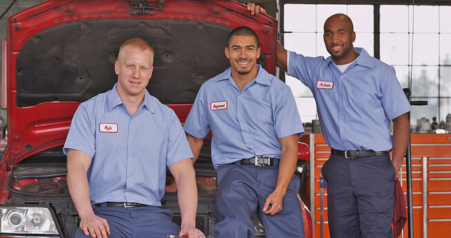 young auto service techs