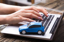 notepad PC with model car