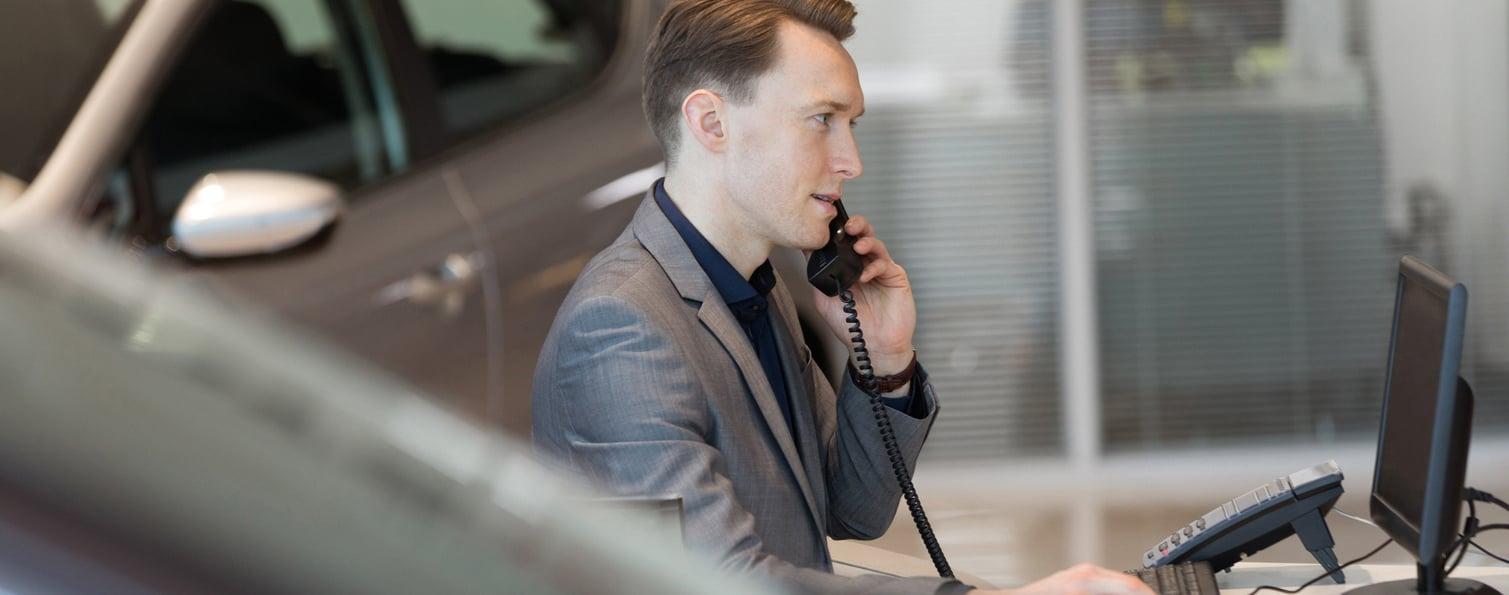 slick car salesman-1